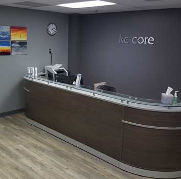 Chiropractic Kansas City MO Receptionist Area